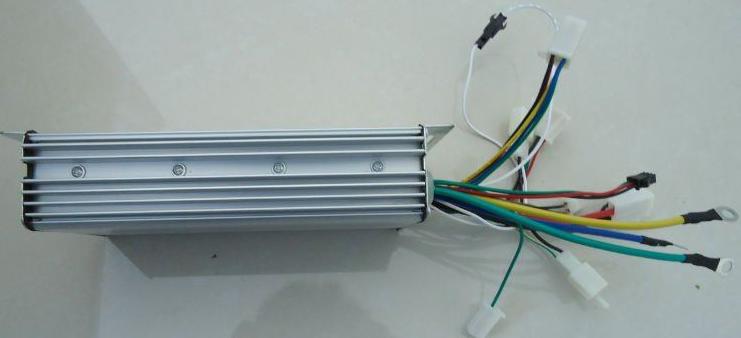 controleur-de-moteur-type-wzk-4845b.png